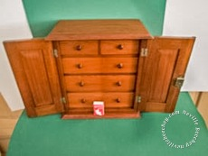Apprentice Chest DrawersApprentice Chest Drawers